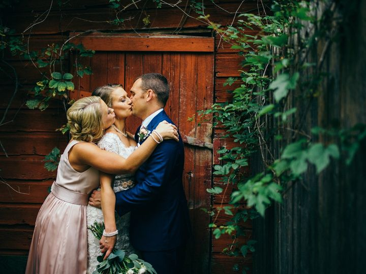 Tmx 0033 51 37383 1571372930 Minneapolis, MN wedding photography
