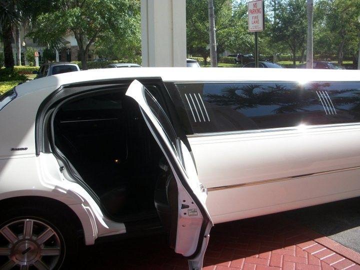 Tmx 1386901007338 250213101501971350397015316101 Fort Lauderdale wedding transportation