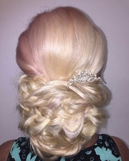 Formal updo w/extensions