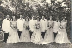 Uncommon Gatherings Vintage