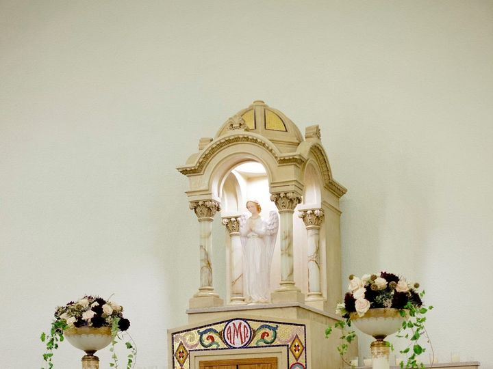 Tmx 1451315080241 92116710422333957997796529213027025481380o Toledo, OH wedding florist
