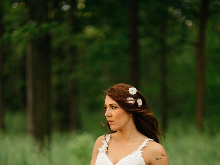 Tmx 1457450865365 M0031052715styledshoot328 Toledo, OH wedding florist