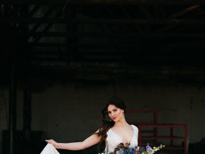 Tmx 1527015757 Cebd654d8f90069a 1527015755 Ea3f064bcd86812b 1527015747306 3 041218 Great Lakes Toledo, OH wedding florist