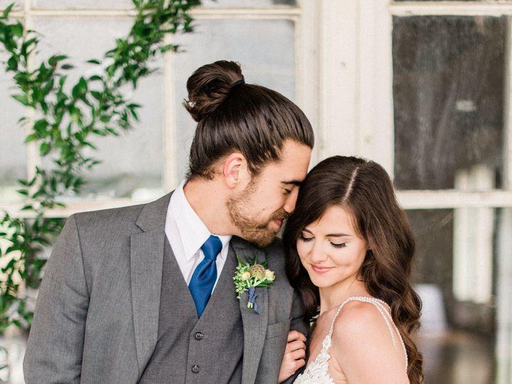 Tmx 1534274284 176656a610e93b7c 1534274281 Abe901e27d397406 1534274271729 6 Brigitta Burks Fav Toledo, OH wedding florist