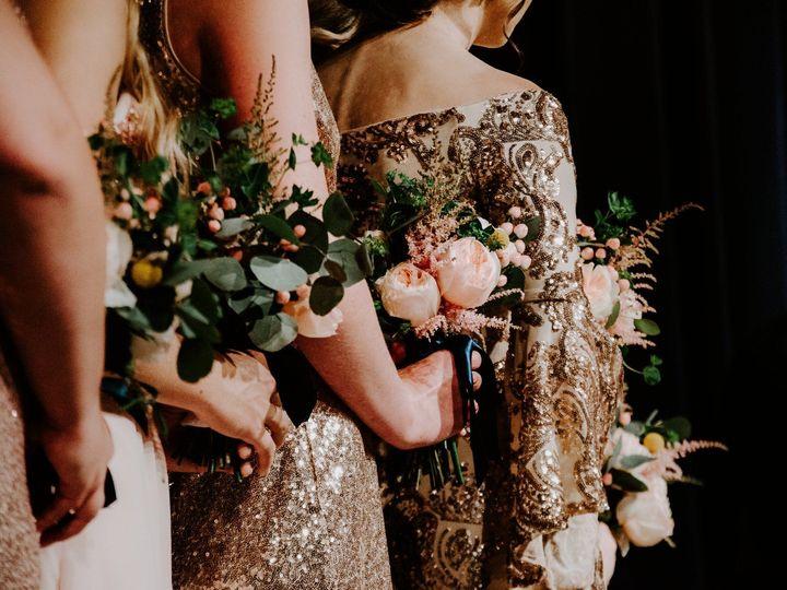 Tmx 1534274414 7599b2a6848ae412 1534274412 Ef0e6471b84e6f62 1534274410729 8 36888018 175430631 Toledo, OH wedding florist