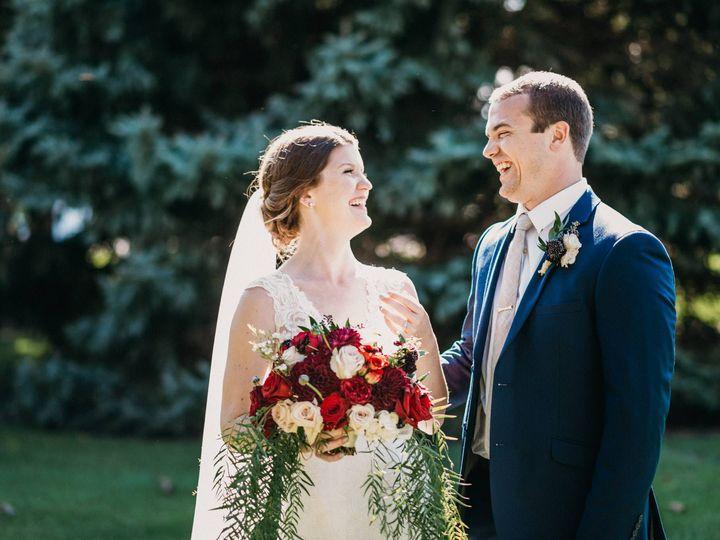 Tmx 43045124 1827902647317882 4257188235383406592 O 51 501483 V2 Toledo, OH wedding florist