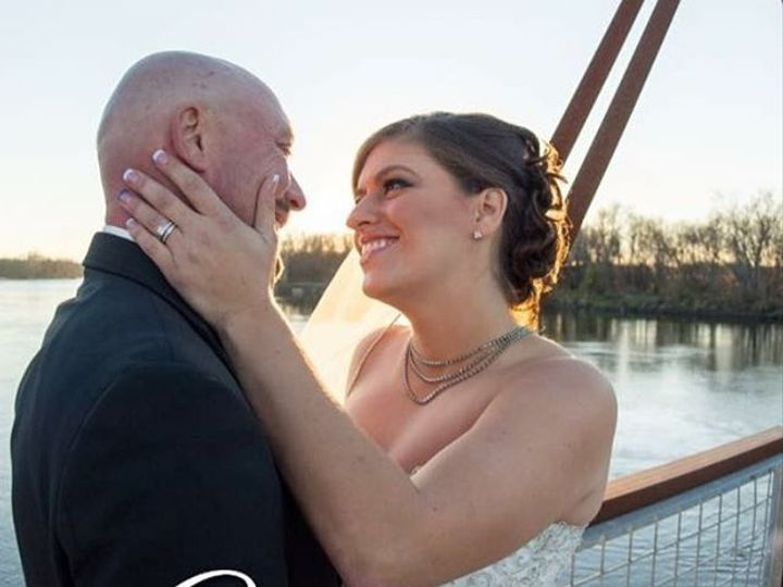 Tmx Airbrushmakeupiowacitymakeupartistiowacityiowaweddingsbrides 51 1032483 Iowa City, Iowa wedding beauty