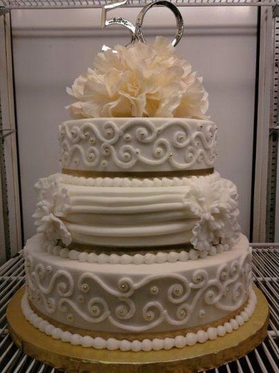 Butter Cream Cake With Fondant Swags