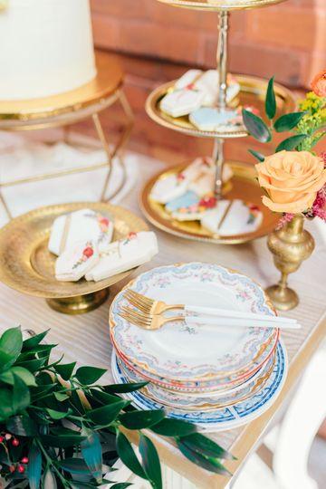 Custom dessert display