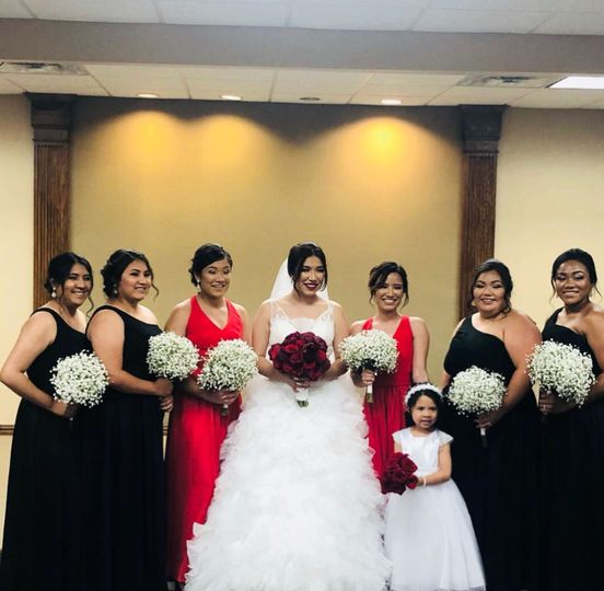 Babies breath bridesmaids