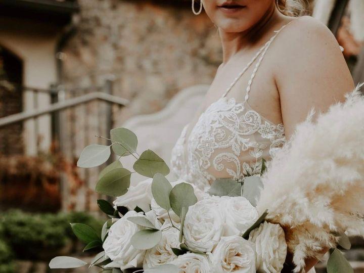 Tmx D1ffa765 F6c0 4c2f 96eb E895473a6aca 51 1016483 1573494733 Dallas, Texas wedding florist