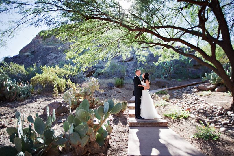 Wedding Couple with stunning outdoor backdrop