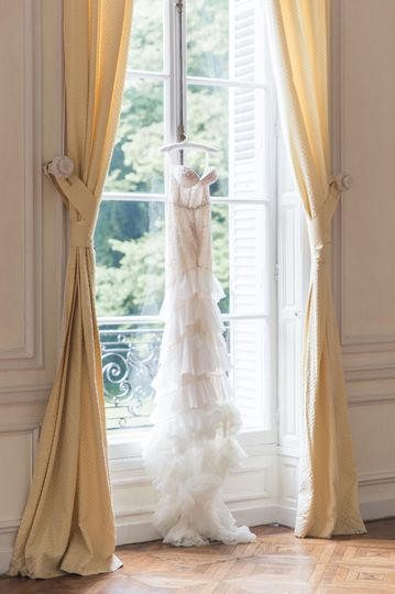 Wedding dress Parisian window