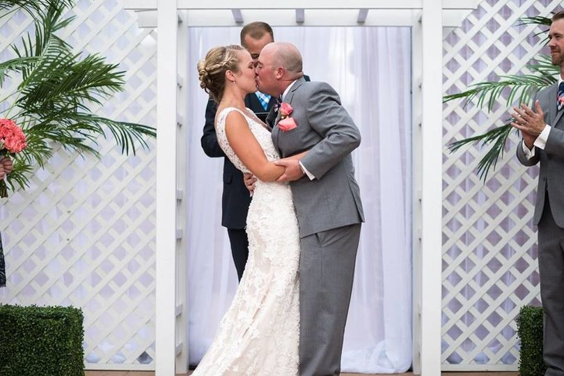 Fitting the wedding kiss