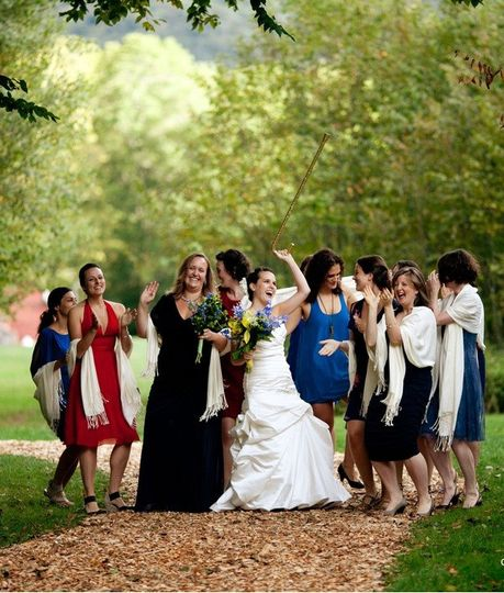 Happy bride with her bridesmaids!