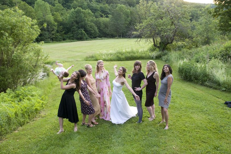 Stunning bride and her beautiful bridesmaids!