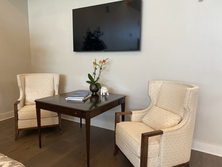 Sitting area in Club Room