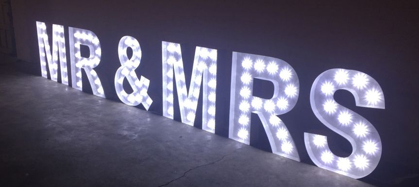 rent marquee letters giant 1200x538