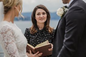 Tuscan Wedding Officiant