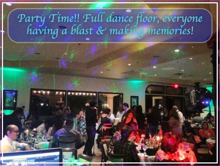 Party Time !! full dance floor