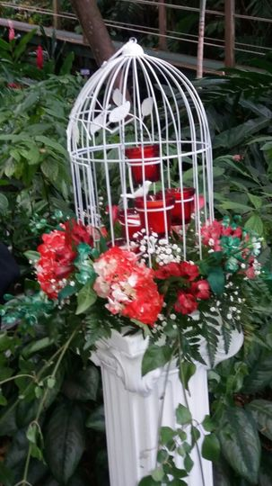 Bird cage decor - Exquisite Events Planning and Production