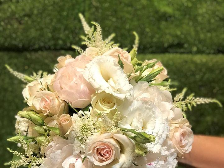 Tmx 1533740296 4c22ecfd97bd0fa0 1533740292 E43a210f6ad5fe3e 1533740288964 1 Bridal Bouq 2 6 22 Birmingham, MI wedding florist