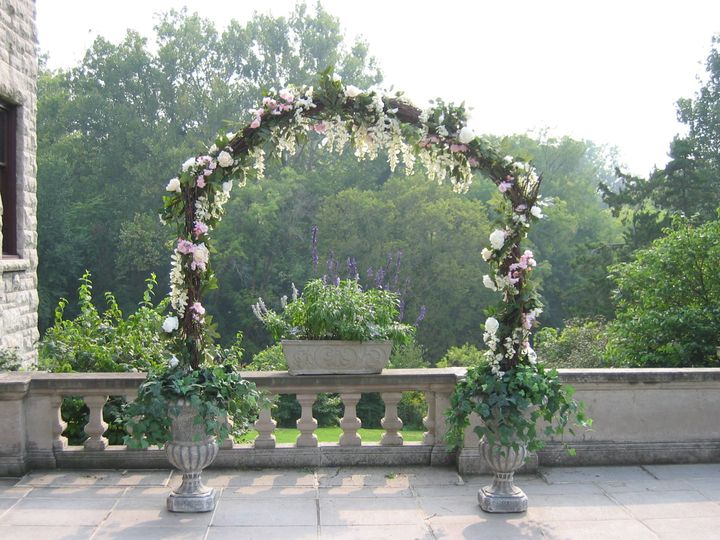 Tmx 1533741671 E88070f9a848ccba 1533741669 023bec7402bb9bf0 1533741666813 2 9.7.04 008 Birmingham, MI wedding florist