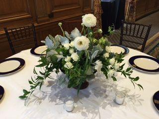 Tmx 1533742005 9b8d5bf4b195aead 1533742004 4998049331ce4977 1533742004393 5 IMG 3870 Birmingham, MI wedding florist