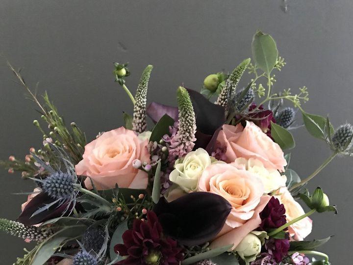 Tmx 1538145403 7cb72fa245d94407 1533742313 53cd2a1b7ae63e42 1533740955 9f7dc08f1fd644cd 153374 Birmingham, MI wedding florist