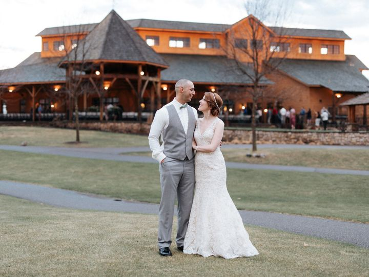 Tmx 1518818023 04e72d5fea2319a8 1518818021 270f22ee4216c82b 1518818019456 1 Building Cedar wedding venue