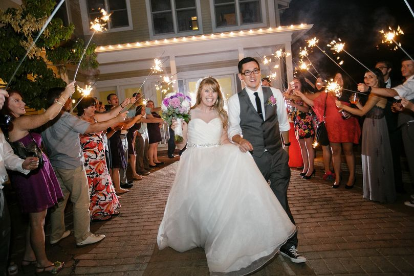 Jen Antoniou Weddings and Events