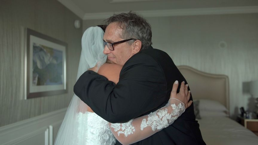 bride and father hug 51 1065683 1560134613