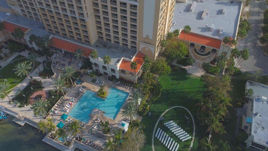 drone shot hotel venue 51 1065683 1560134617
