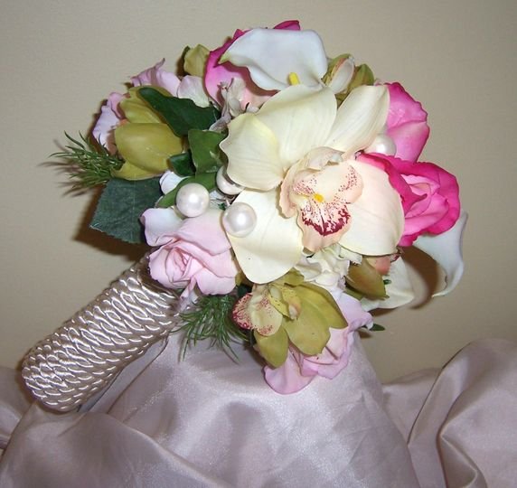 Natural Touch with Hot Pink Roses.