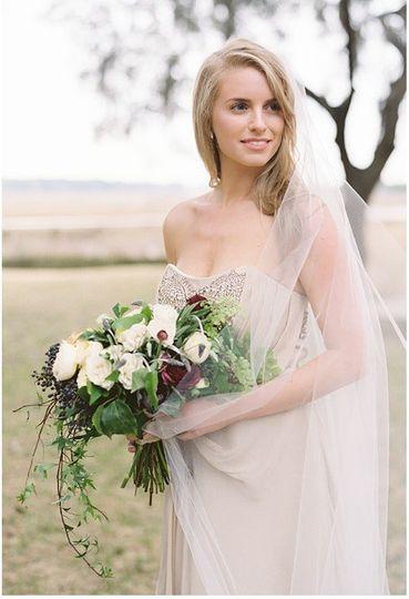 Photographer: Landon Jacob Planner: Jessica Rourke Florals: Fern Studio  Featured: Smitten Magazine
