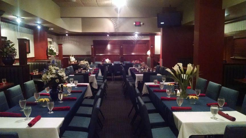 Houlihan's Springfield Reception Room (2)