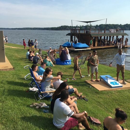Chill'n and Cornhole'n