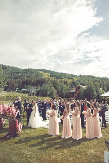 Mountainside Ceremony Lawn