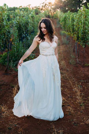 rustic vinyard wedding