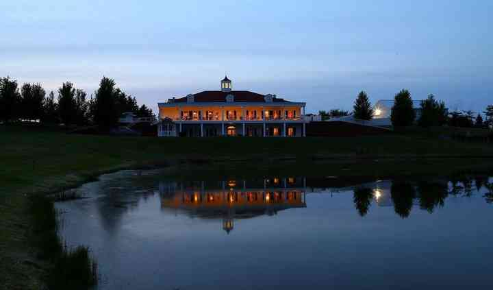The Hawk Country Club