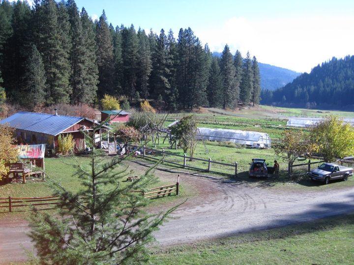 Tierra Retreat Cente grounds