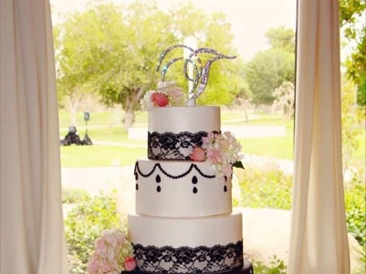 Tmx 1445362218691 Cake4 Palmdale wedding cake