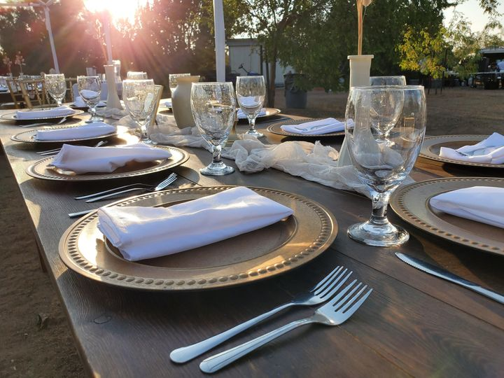 Wedding table ware