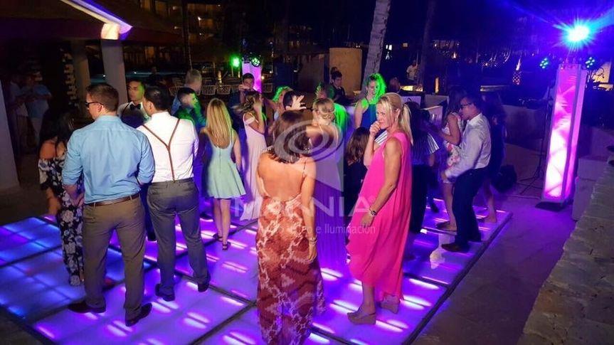 DANCING LED DANCEFLOOR