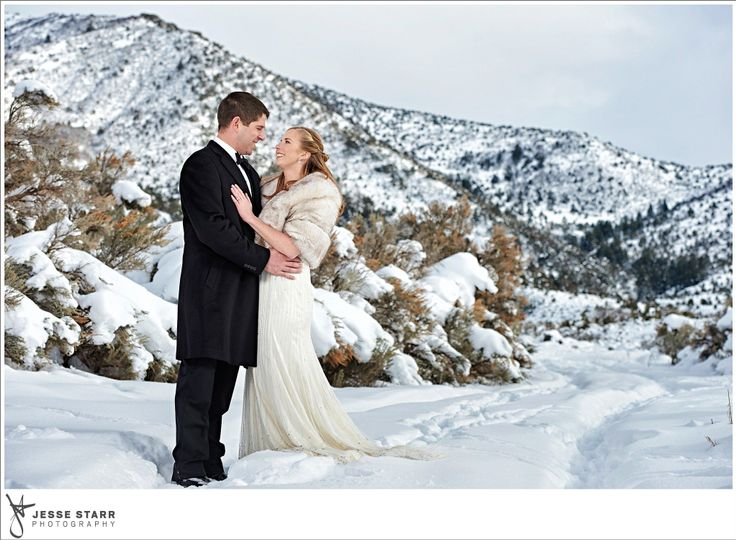 Winter weddings are magical
