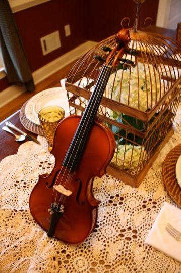 Birdcage & violin centerpiece