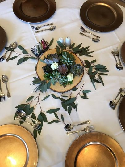 Succulent centerpiece natural and rustic