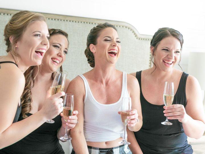 Tmx Getting Ready043 51 951983 1563811222 Palm Beach Gardens, FL wedding photography