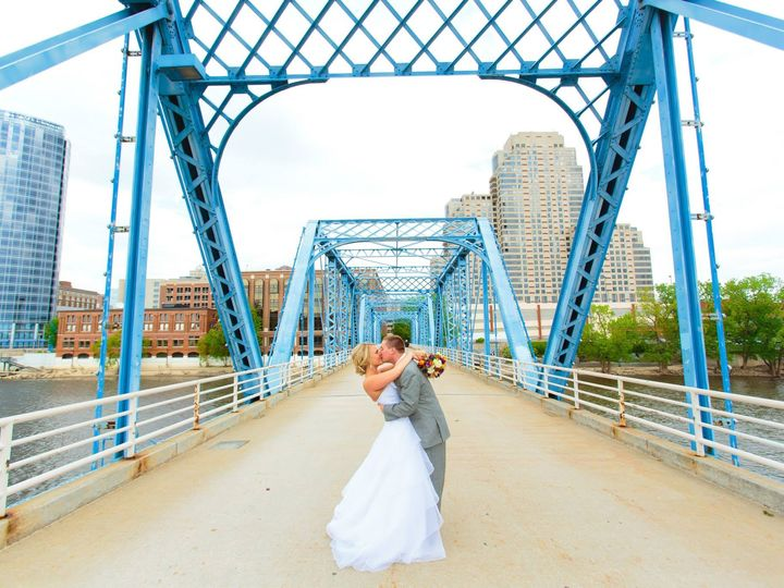 Tmx 1432144249349 139821510151698702196837856623680o Grand Rapids, Michigan wedding planner