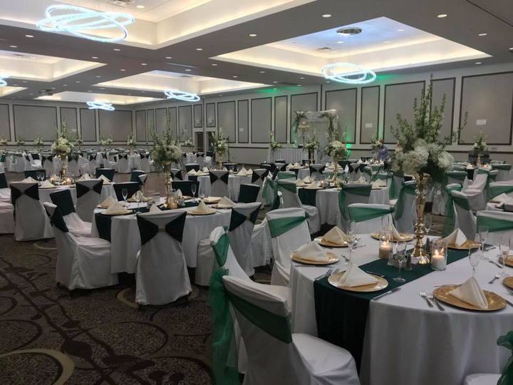Wedding layout in the ballroom
